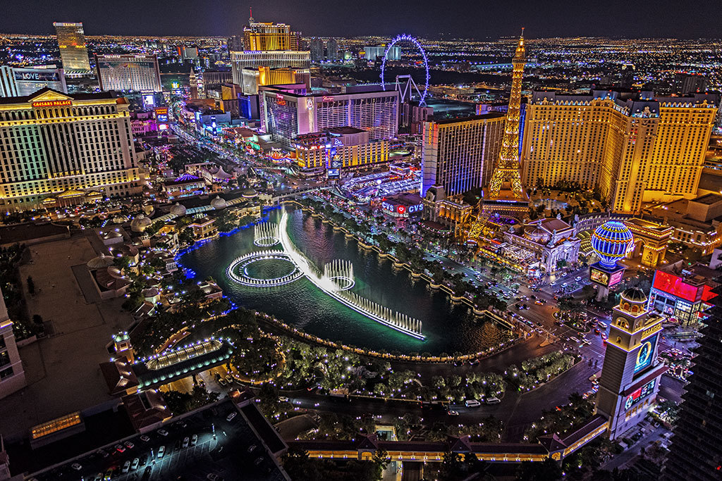 5 places to check out on your roadtrip to Las vegas